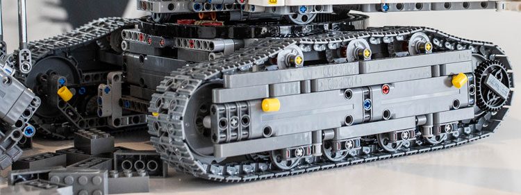 All We Know About The Lego 42100 Liebherr R 9800 Set 2019 Flagship